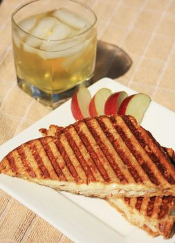 turkey-apple-pannini