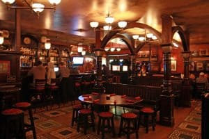 Inside Kilkenny's Irish Pub