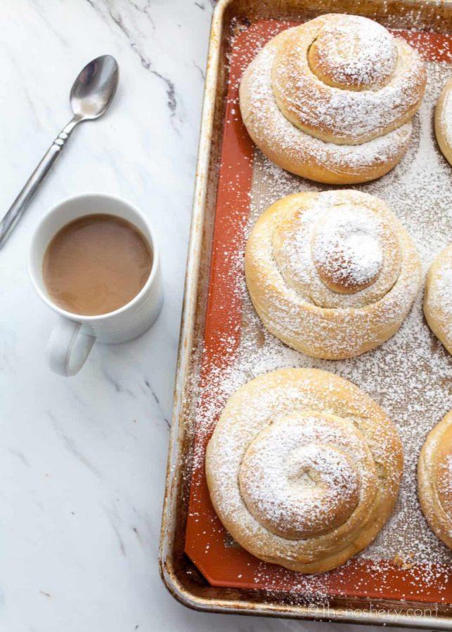 Mallorca Bread: Puerto Rican Sweet Bread Rolls (Pan De Mallorca) | The Noshery