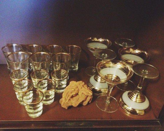 gold-stripe-vintage-barware