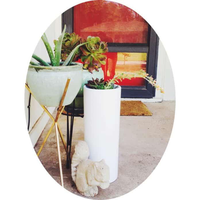 Elements of a good Front Porch by @Retro Den Tulsa - TheNoshery.com #nosheryhomelove
