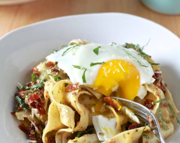 Pappardelle with Black Olive Tapenade, Sundried Tomatoes & Crispy Prosciutto