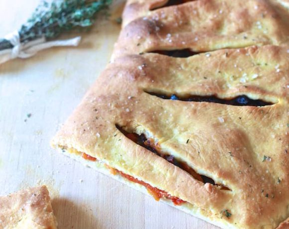 Roasted Red Pepper & Olive Fougasse