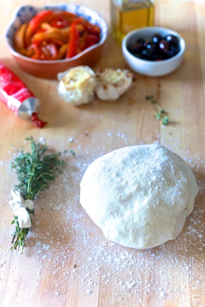 Roasted Red Pepper & Olive Fougasse - TheNoshery.com