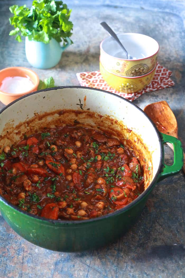 Moraccan Lamb Stew - A satisfying stew that is sweet, spicy and fragrant. | TheNoshery.com