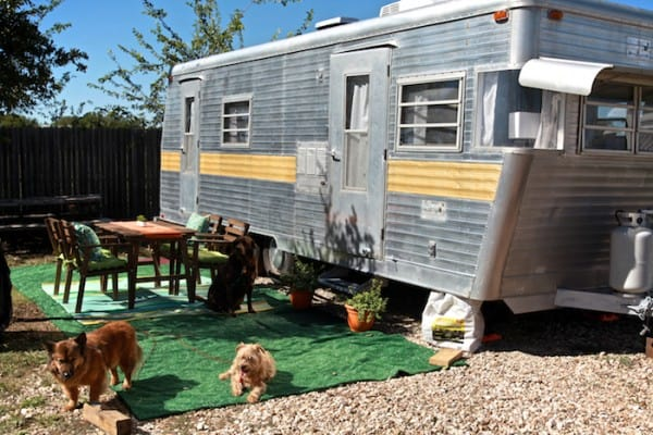 Little Camper Home Tour | Come and see a tour of our small camper home. See how we optimized our small space and made it home. | TheNoshery.com - @thenoshery #dreamsmallproject