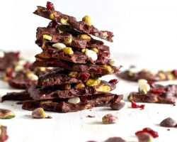 Pistachio and Cranberry Salted Chocolate Bark | TheNoshery.com