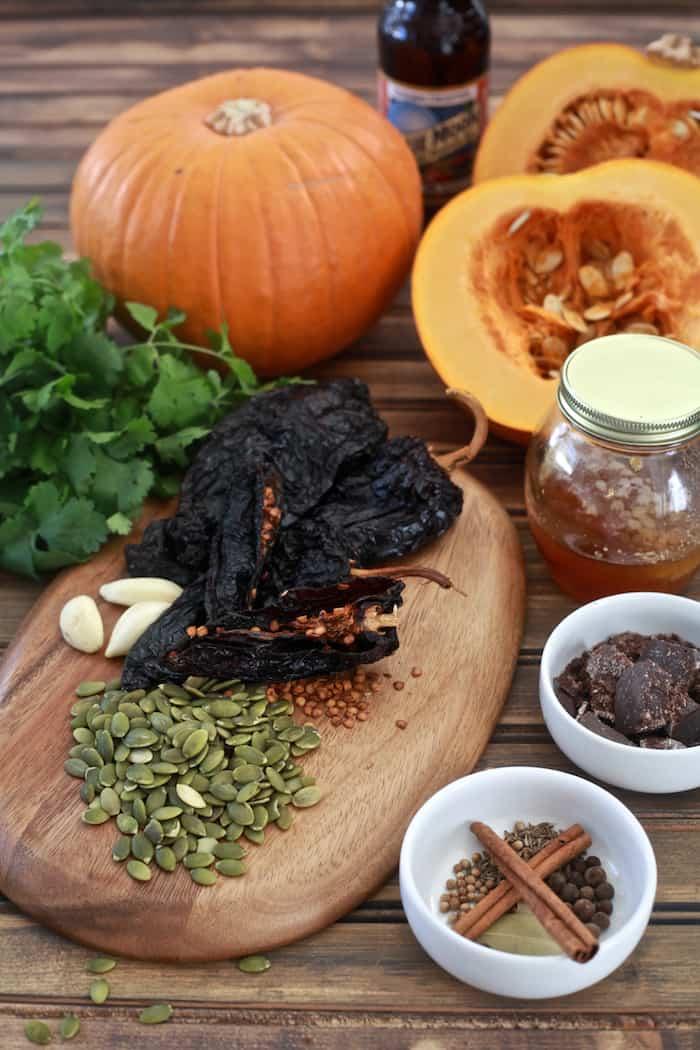 Roasted Pumpkin Mole Spread | TheNoshery.com #pumpkin #pumpkinrecipe #fall