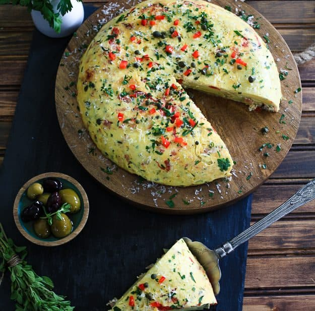 Tortilla Espanola | TheNoshery.com - @thenoshery