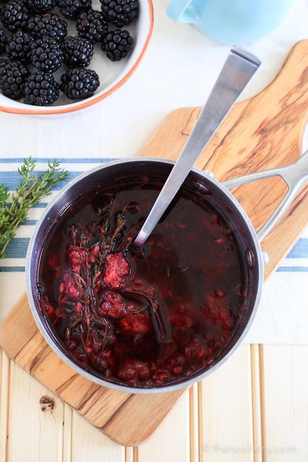 Blackberry Thyme & Vanilla Lemonade | TheNoshery.com - @TheNoshery