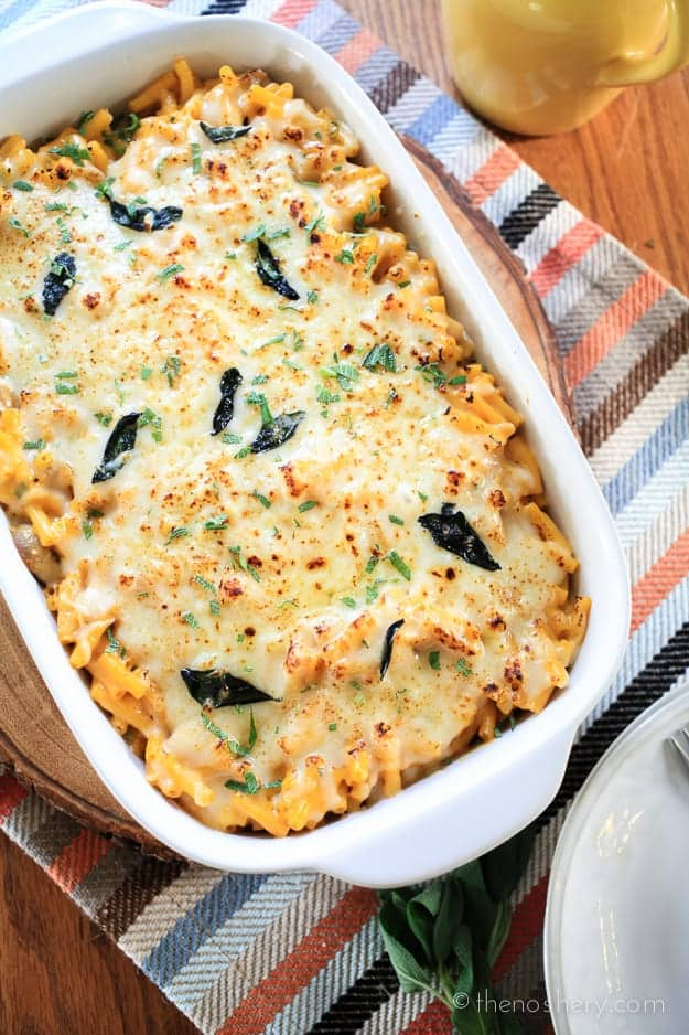 Easy Pumpkin & Sage Mac and Cheese | TheNoshery.com #EasyKraftMeals #ad