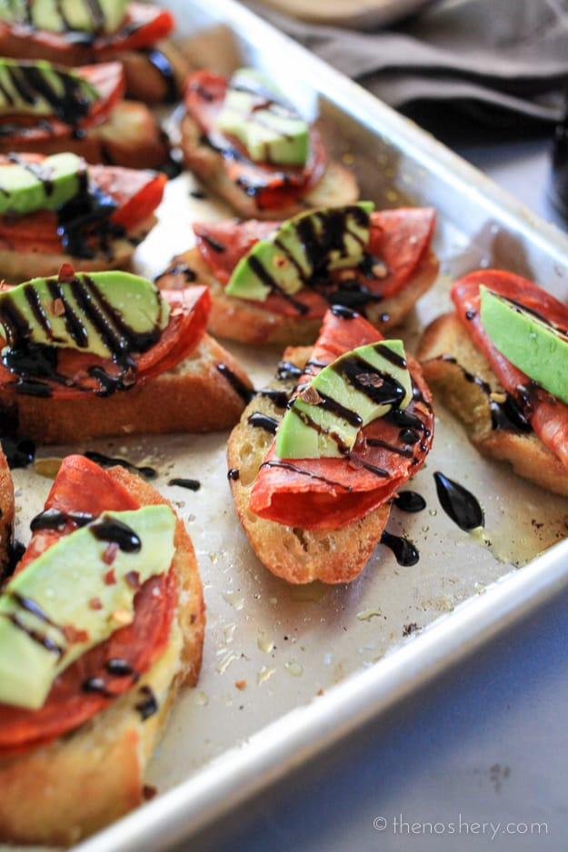 Avocado and Chorizo Toasts with Balsamic Glaze | The Noshery