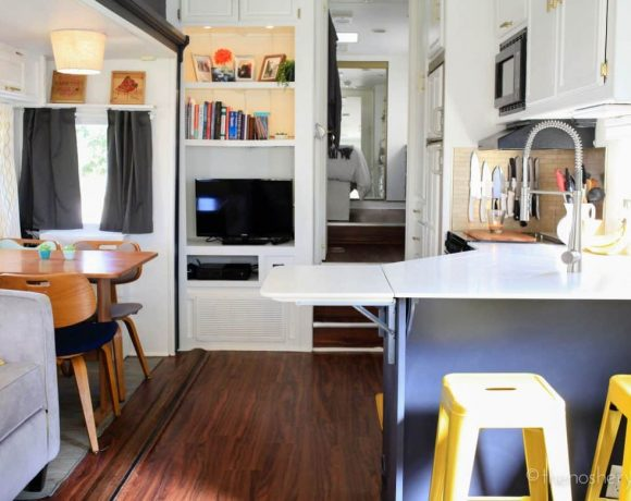 Tiny House Living: Camper Home Reveal
