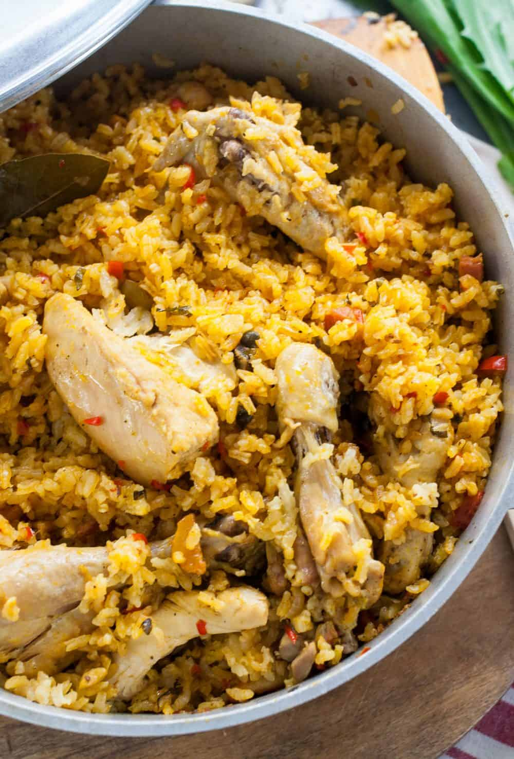 Arroz con Pollo (Chicken and Rice) - TheNoshery.com