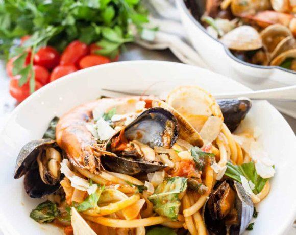 Seafood Pasta (Pasta di Frutti di Mare)