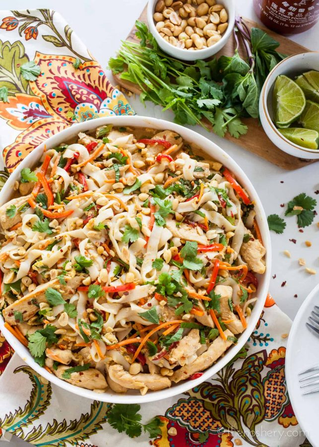 Light Thai Peanut Noodles with Chicken | TheNoshery.com