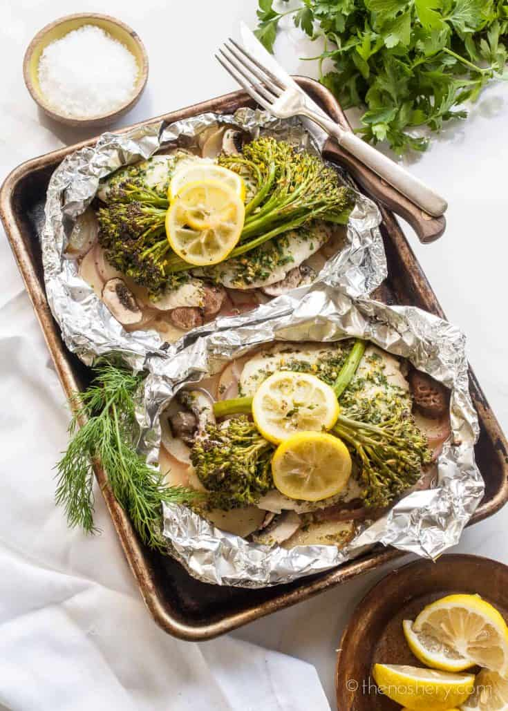 Herbed Tilapia and Vegetable Foil Packets | The Noshery