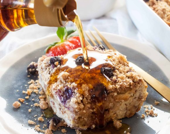 Blueberry Cinnamon Crumb Baked French Toast