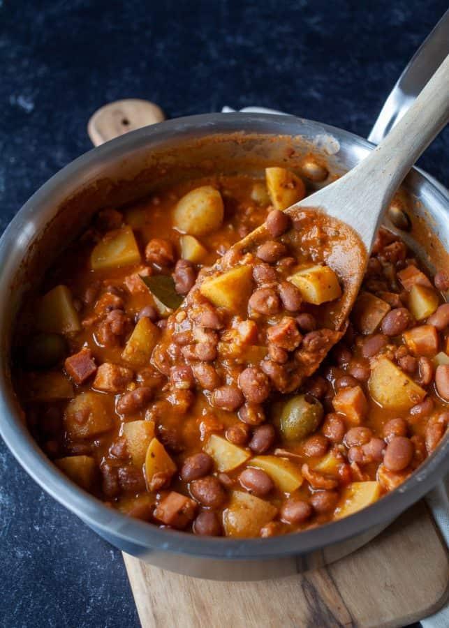 Habichuelas Guisadas (Puerto Rican Stewed Beans) | The Noshery